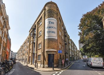 Thumbnail 3 bed flat for sale in Leathermarket Street, London