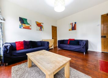 Thumbnail 2 bed flat to rent in Staple Street, London