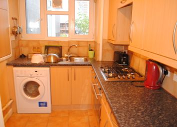 Thumbnail 3 bed flat to rent in Vince Court, Shoreditch/Hoxton/Old Street