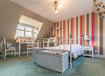 Thumbnail 6 bed detached house to rent in Lilbourne Drive, Hertford