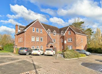 Thumbnail 2 bed flat to rent in Campbell Fields, Aldershot