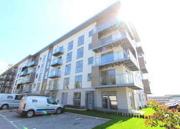 Thumbnail 2 bed flat to rent in 3 Wallingford Way, Maidenhead