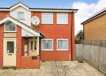 2 bed flat to rent in Foxdene Road, Seasalter, Whitstable CT5