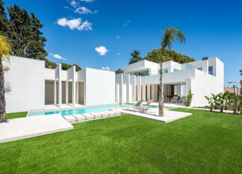 Thumbnail Villa for sale in Villamartin, Alicante, Valencia