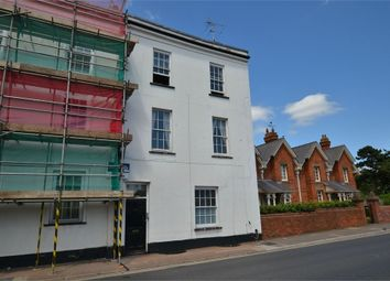 2 bed flat to rent in Magdalen Street, Exeter, Devon EX2