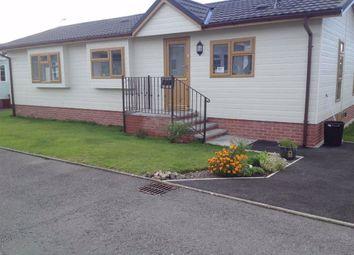 2 bed mobile/park home for sale in Carmarthen Road, Kilgetty SA68