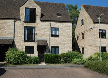 Thumbnail 2 bed flat to rent in Beechgate, Witney
