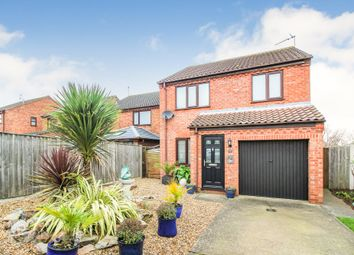 Thumbnail 3 bedroom detached house for sale in Hillcrest Close, Worlingham, Beccles