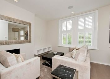 Thumbnail 2 bed flat to rent in Sinclair Road, Hammersmith, London
