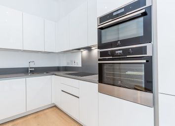 Thumbnail 2 bed flat to rent in Camden Road, London