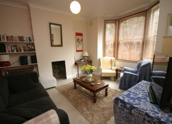 Thumbnail 1 bed flat to rent in Cologne Road, Clapham, London