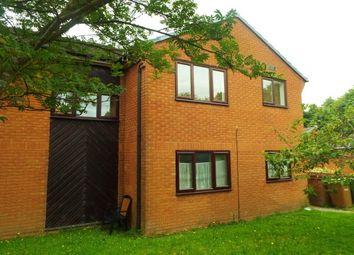Thumbnail 1 bed flat to rent in Greenwood Close, Romsey
