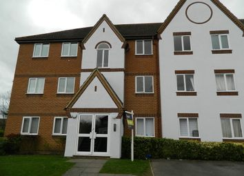 Thumbnail 2 bed flat to rent in Littlebrook Avenue, Slough, Berkshire