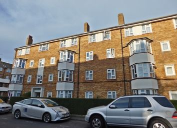 Thumbnail Studio to rent in Ockenden Close, Southsea