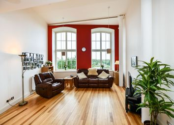 Thumbnail 2 bed flat for sale in Thread Street, Paisley