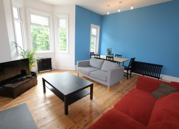 Thumbnail 2 bed flat to rent in Leigham Vale, London