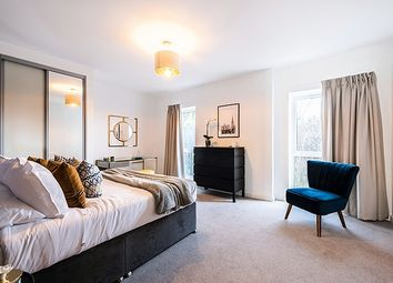 Thumbnail 3 bed flat for sale in Heathfield Square, Wandsworth