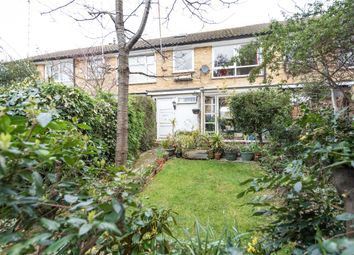 Thumbnail 4 bed town house for sale in Chartfield Square, Putney, London