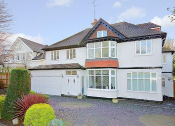 Thumbnail 6 bed detached house for sale in The Avenue, Radlett