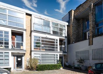 Treadway Street, Bethnal Green, London E2. 3 bed mews house for sale