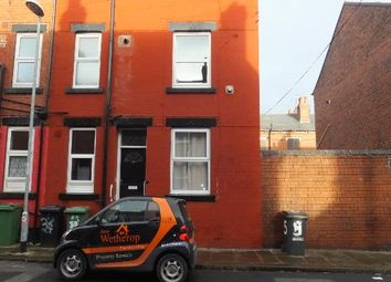 Thumbnail 1 bed property to rent in Recreation View, Holbeck, Leeds