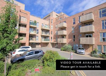 Harrison Drive, Cambridge CB2. 3 bed flat for sale