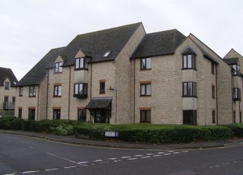 Thumbnail 1 bedroom flat to rent in Langdale Gate, Witney