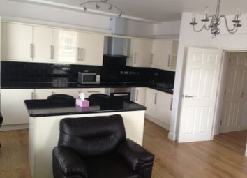 Thumbnail 1 bed flat to rent in Grays Inn Road, Zone1, London, Holborn, Russell Square