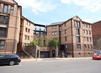 2 bed flat to rent in Brown Street, City Centre, Glasgow G2