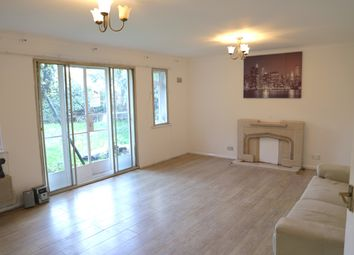Thumbnail 2 bed bungalow to rent in Lampton Road, Hounslow