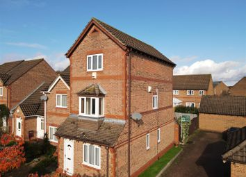 Thumbnail Flat for sale in Twitchen Lane, Furzton, Milton Keynes
