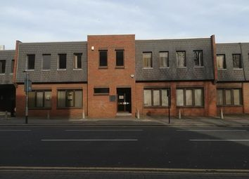 Thumbnail Office to let in 490 Larkshall Road, Chingford, London