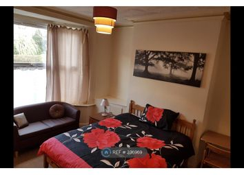 Thumbnail Room to rent in Glebe Street, Walsall