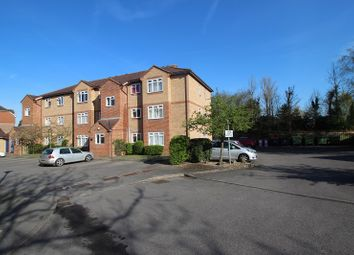 Thumbnail Studio to rent in Corfe Place, Maidenhead