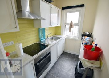4 bed flat to rent in St. Philips Road, Sheffield S3