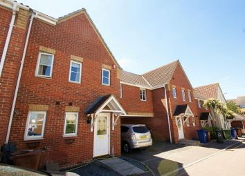 Thumbnail 4 bed detached house to rent in Lennox Close, Chafford Hundred, Grays