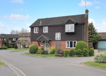 Thumbnail 4 bedroom detached house for sale in Cress Gardens, Andover