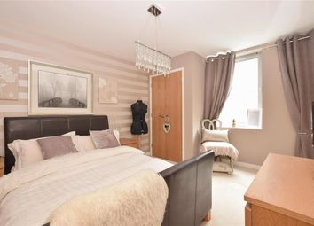 Thumbnail 1 bed flat for sale in Cross Street, Portsmouth, Hampshire