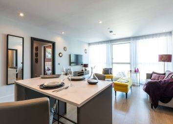 Thumbnail 1 bed flat for sale in Leon House, Croydon