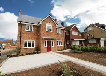 Thumbnail 6 bed detached house for sale in West Hill Road, Luton