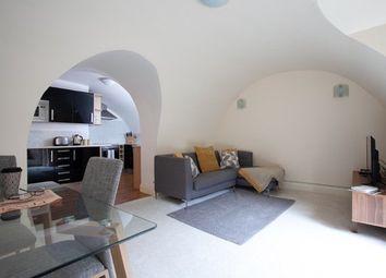2 bed flat to rent in Winckley Street, Preston PR1