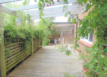 3 bed end terrace house for sale in Abergavenny Road, Lewes BN7