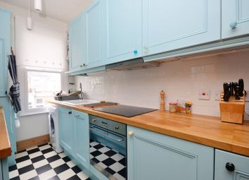 Thumbnail 2 bed flat to rent in Ivydale Road, Nunhead
