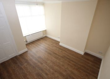 Thumbnail 4 bedroom terraced house to rent in Cross Flatts Place, Beeston, Leeds