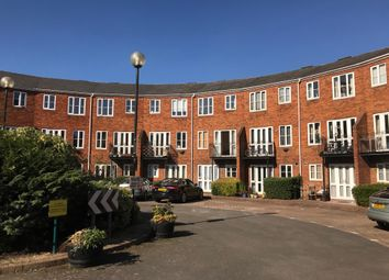 Thumbnail 1 bed flat to rent in Sovereigns Quay, Bedford
