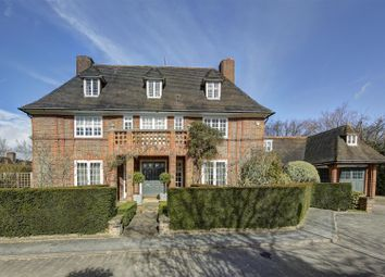 Thumbnail 6 bed detached house for sale in Linnell Drive, London