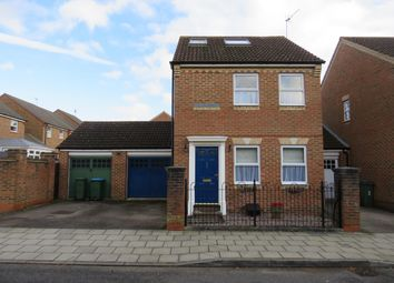 4 bed property to rent in Somers Lees, Fairford Leys, Aylesbury HP19