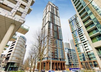 1 bed flat to rent in Maine Tower, 9 Harbour Way, Canary Wharf, London E14