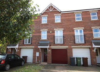 Thumbnail 3 bedroom town house for sale in Padley Road, Lincoln
