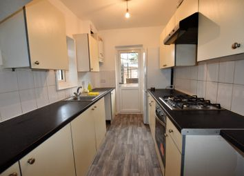 3 bed semi-detached house to rent in The Greenway, London NW9